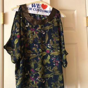 Floral print top with open shoulders